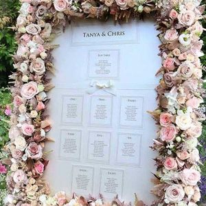 Table Plan with Flowers
